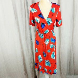 Diane Von Furstenberg 100% silk wrap floral dress
